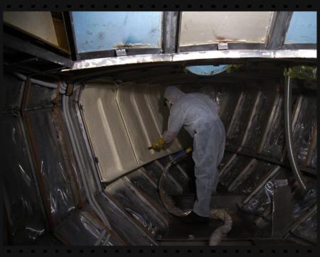 Hajó szigetelés szórt poliuretánnal oldalfalak merevítésére