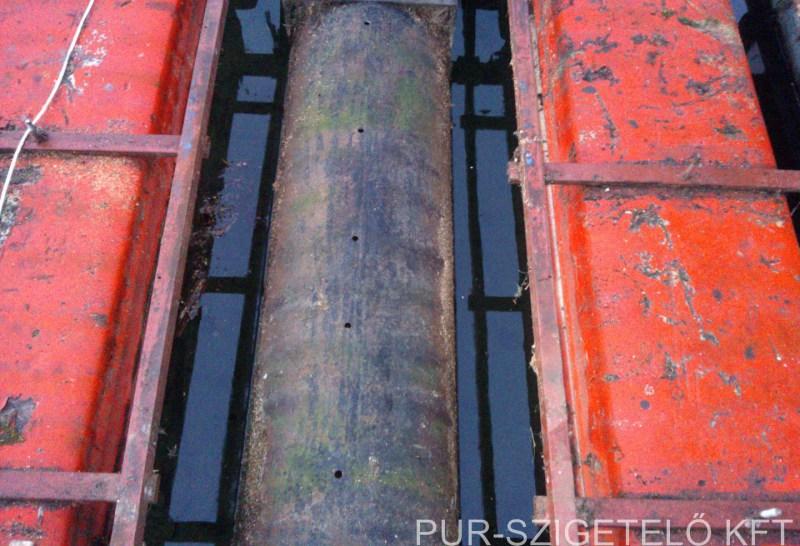 ponton, hajókikötő szórt purhab szigetelés.jpg
